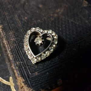 Darling little heart pin from the 1930's